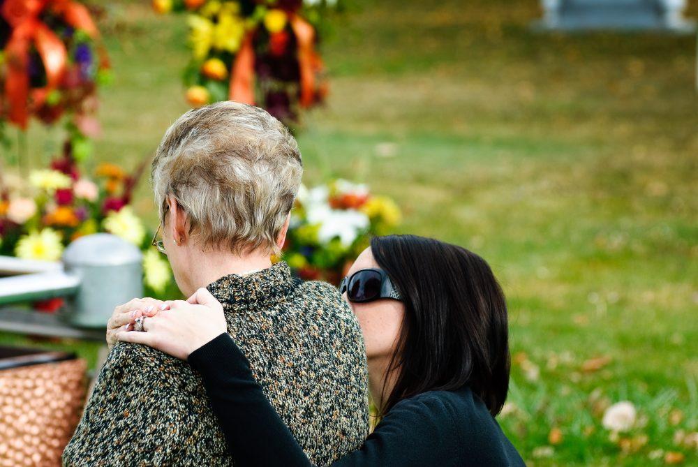 Как да се справим със стреса след погребение?