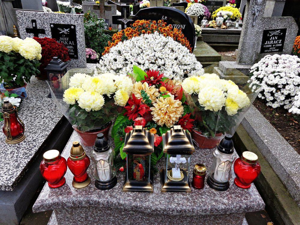 Какво да изберем – кремация или погребение?